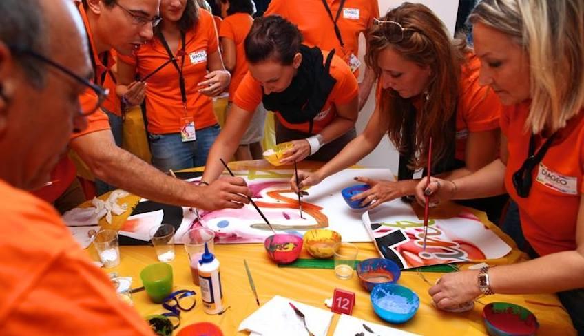Kreatives Team Building