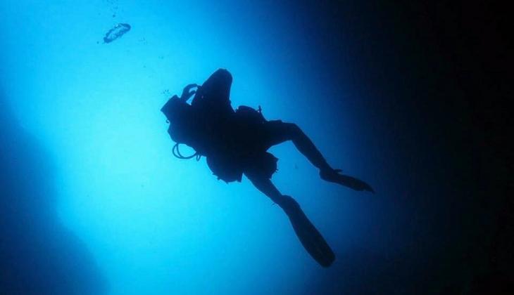 Unterwassertauchgang Divingkurs Sizilien die Tiefen Siziliens Taormina