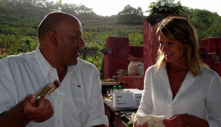 bester sizilianischer Wein - Rundgang im Weinkeller