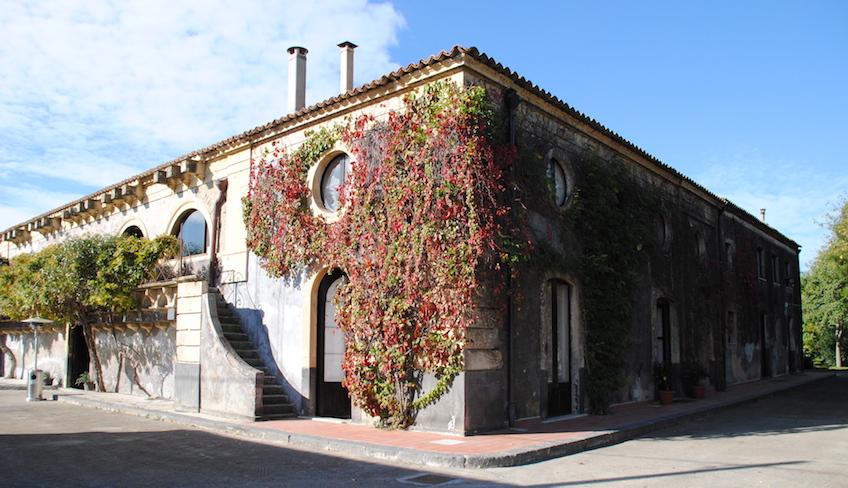Kurs Weinverkostung bekannte Weinkeller Sizilien sizilianische Weine probieren Weinkeller