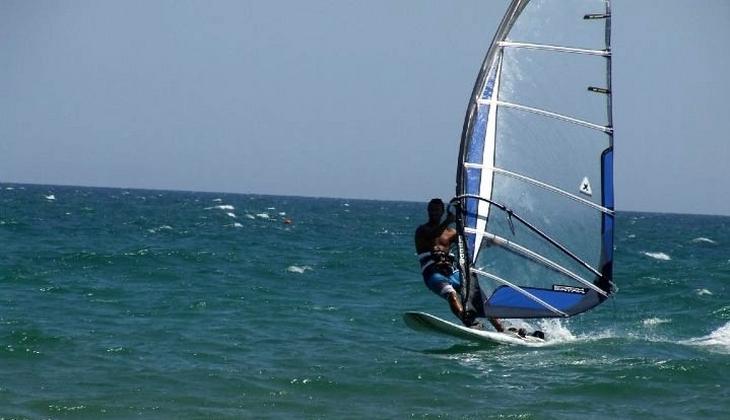 Windsurf Sizilien Schule Verleih Windsurf Urlaub Sizilien Catania