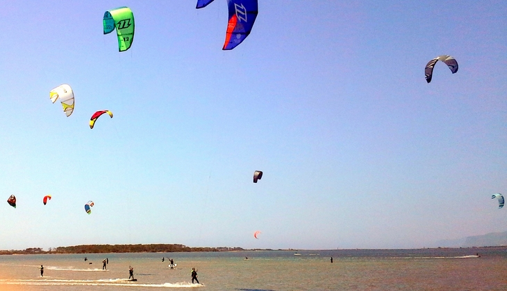 Kitesurf Verleih komplette Kitesurf-Ausrüstung Kitesurf Marsala Trapani
