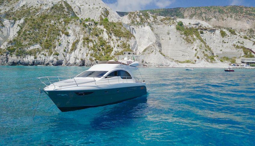 Äolische Inseln Yacht Charter - Äolische Inseln Tagestrip
