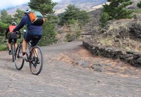 Tour mit dem Mountainbike - Ätnatouren