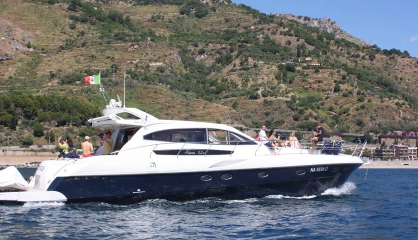 Taormina in yacht