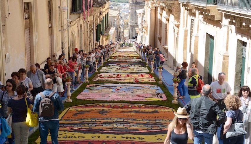 Von Catania nach Syrakus - Besuche Syrakus
