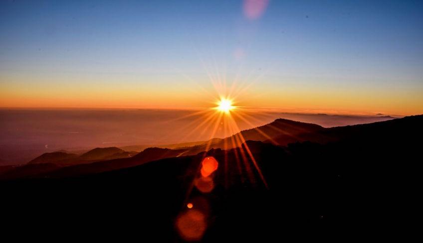 Den Ätna besuchen mit dem Auto Sonnenuntergang Tour von Catania zum Ätna